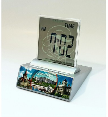 LCD multi-function alarm clock displaying the Belvedere palace in Vienna, with thermometer, timer and date functions; Incl. high performance Duracell battery