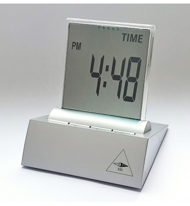LCD multi-function alarm clock with thermometer, timer and date functions; Incl. high performance Duracell battery